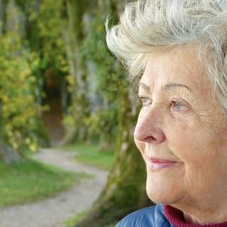 Lierac Arkeskin: il trattamento per contrastare l'invecchiamento cutaneo in menopausa
