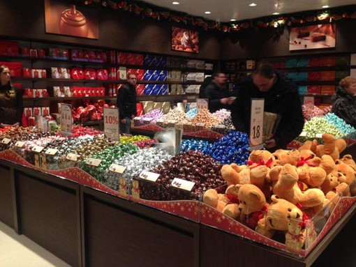 Il cioccolato Lindt vola: nel 2019 fatturato oltre i 4 miliardi di euro