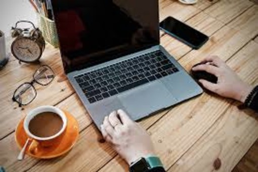 Opportunità di lavoro immediate, anche in smart working: informati qui!