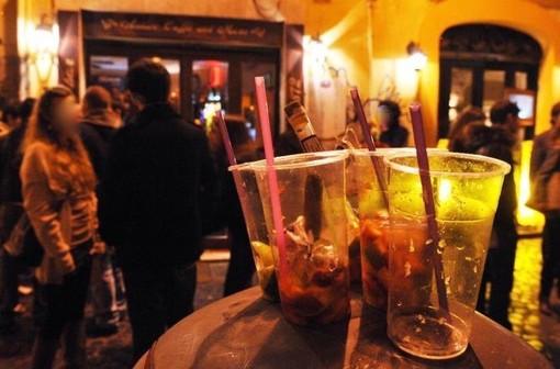 Movida violenta, succede a Milano: barista non dà da bere ad una loro amica, gli sfasciano il locale