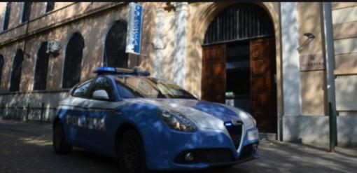 Vercelli, estorsione, stalking e minacce al personale di un hotel: in manette un quaratantenne