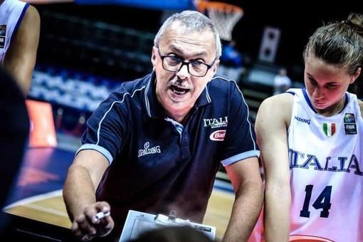 Basket, il magentino Roberto Riccardi campione d'Europa con la Nazionale femminile under 18