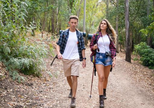 Scarpe da trekking ideali per le escursioni estive: come scegliere quelle giuste?