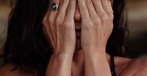 Violenza sessuale: finto ginecologo condannato a 9 anni