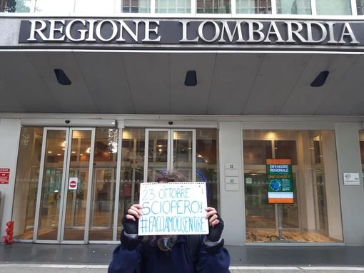 """Lombardia, studenti: """"Non chiudete la scuola, vogliamo lezioni in presenza, in sicurezza, di qualità"""""""