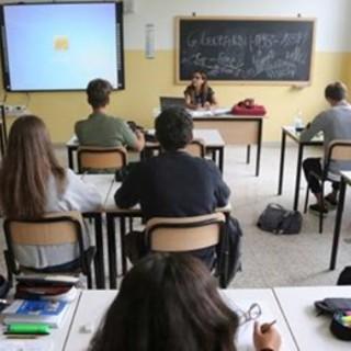 Scuola, le superiori in Lombardia riaprono lunedì (se non saremo zona rossa)