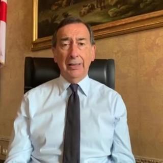 VIDEO. La furia del sindaco Sala dopo la folla ai Navigli: «Immagini vergognose, è il momento in cui incazzarsi. Se si ripete, chiudo tutto»