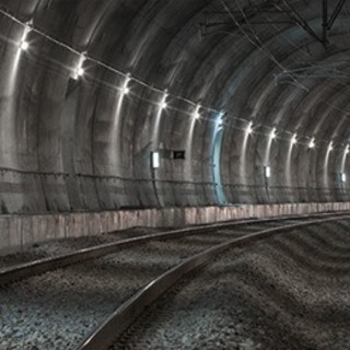 Milano, uomo muore sui binari della metro gialla