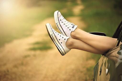 Amante delle sneakers? Le occasioni da non perdere per i saldi estivi 2021