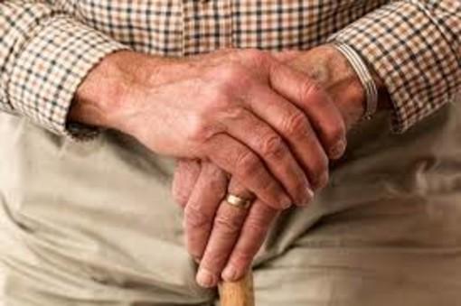 """Lettere al Direttore: """"Non vi dimenticheremo"""", la poesia di Francesco Lena dedicata agli anziani"""