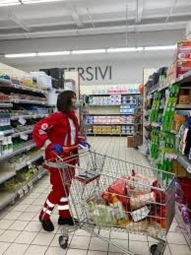 A Mortara grande impegno da parte della Croce Rossa che consegna borse alimentari a 125 famiglie