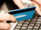 Gropello: fotografa la carta posta pay della collega e con i dati trafugati, fa 37 acquisti su un famoso sito di vendite online: scoperto e denunciato un 16enne