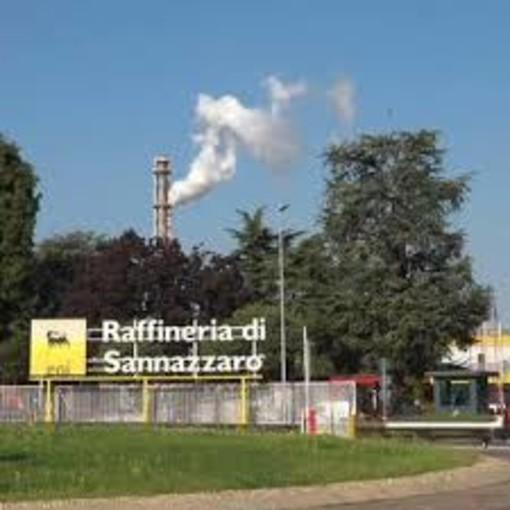 Presentato al polo petrolchimico di Sannazzaro e Ferrera Erbognone il super computer in grado di produrre da 18 a 52 milioni di operazioni al secondo. Obiettivo economia rivolta ad energie pulite