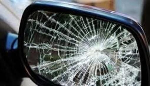 Magenta: truffa dello specchietto, raggirata una donna nel centro città