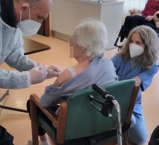 Casa famiglia San Vittore Olona: iniziata la campagna vaccinale. Adesioni tra i residenti del 95% e dell'80% tra gli operatori